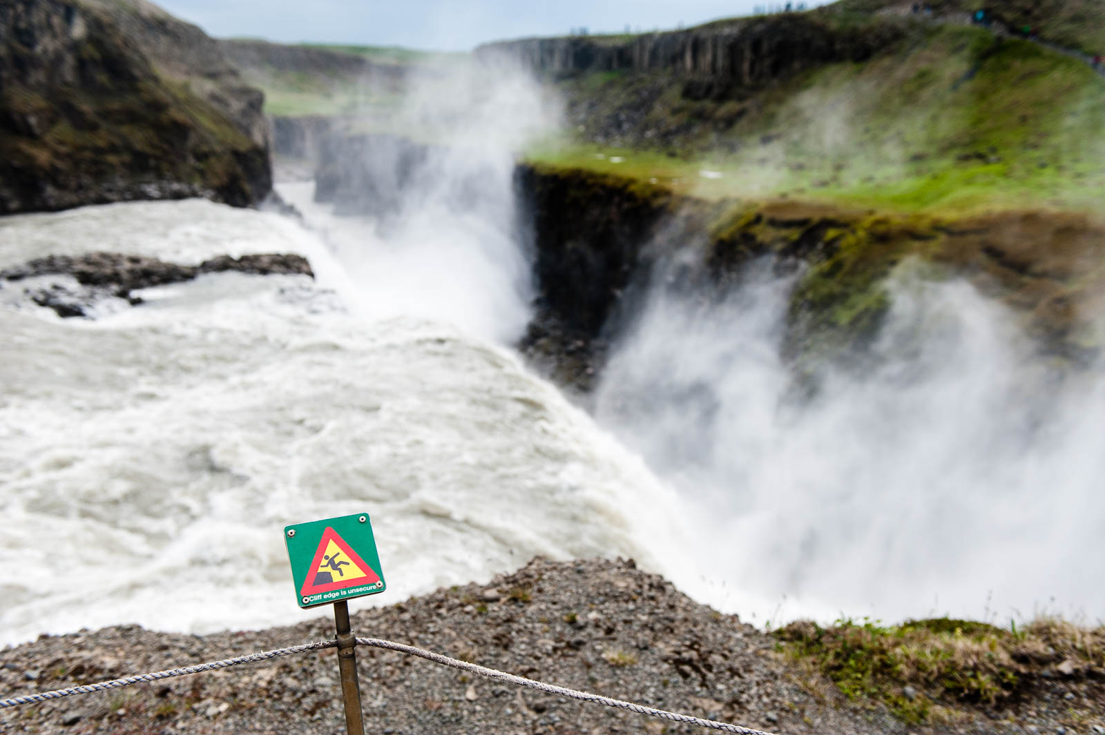 iceland-waterfalls-10