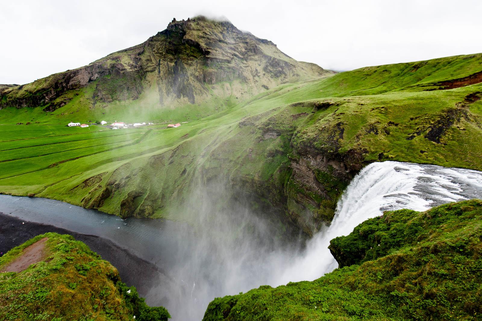 iceland-waterfalls-36