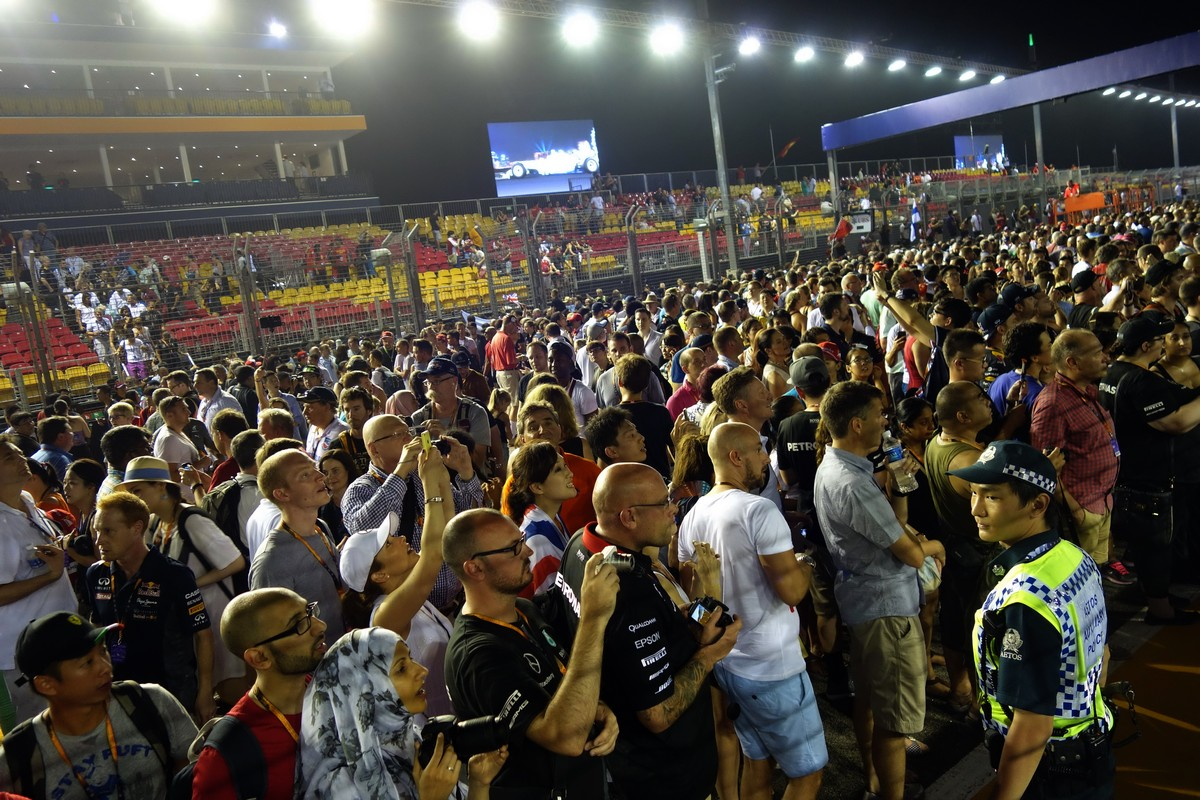 formula1-singapore-2015-28