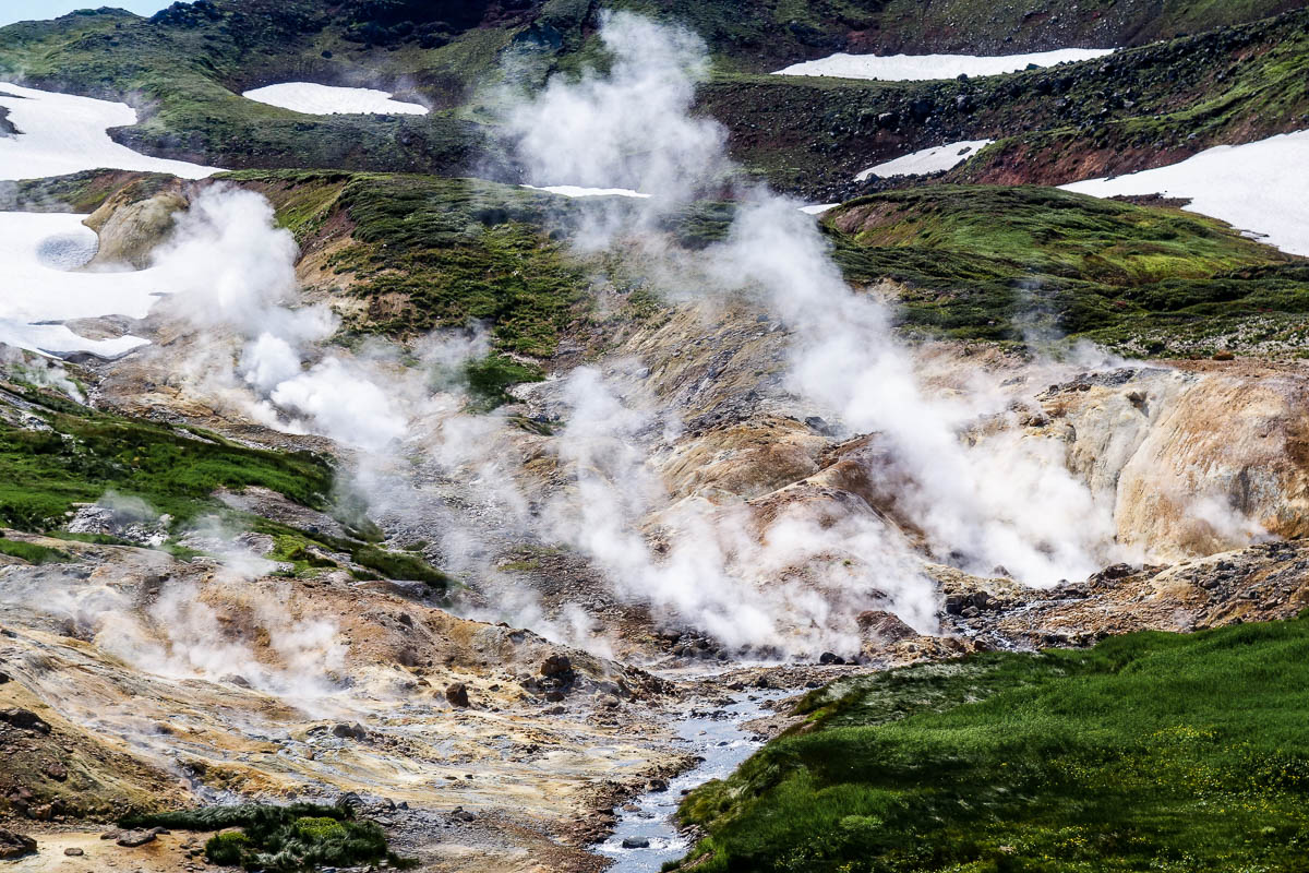 kamchatka-volcanoes-20