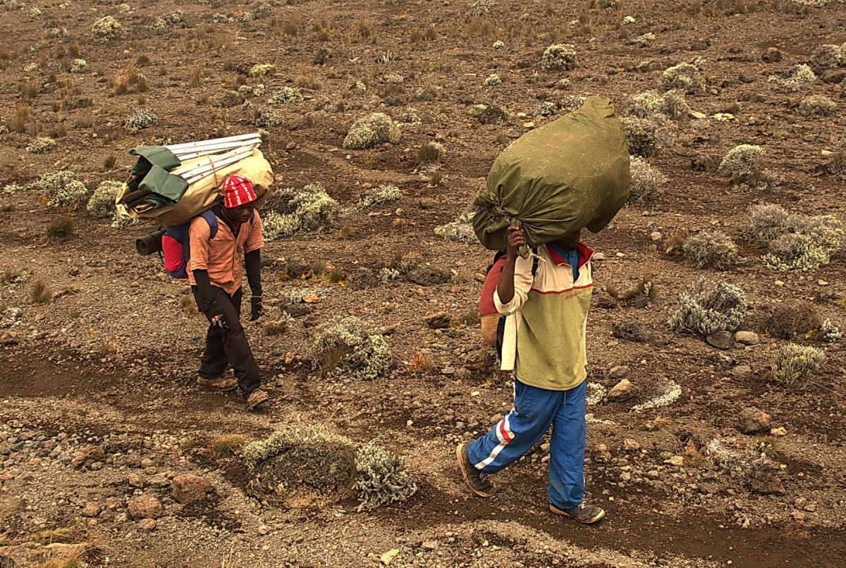 kilimanjaro-tourists-3