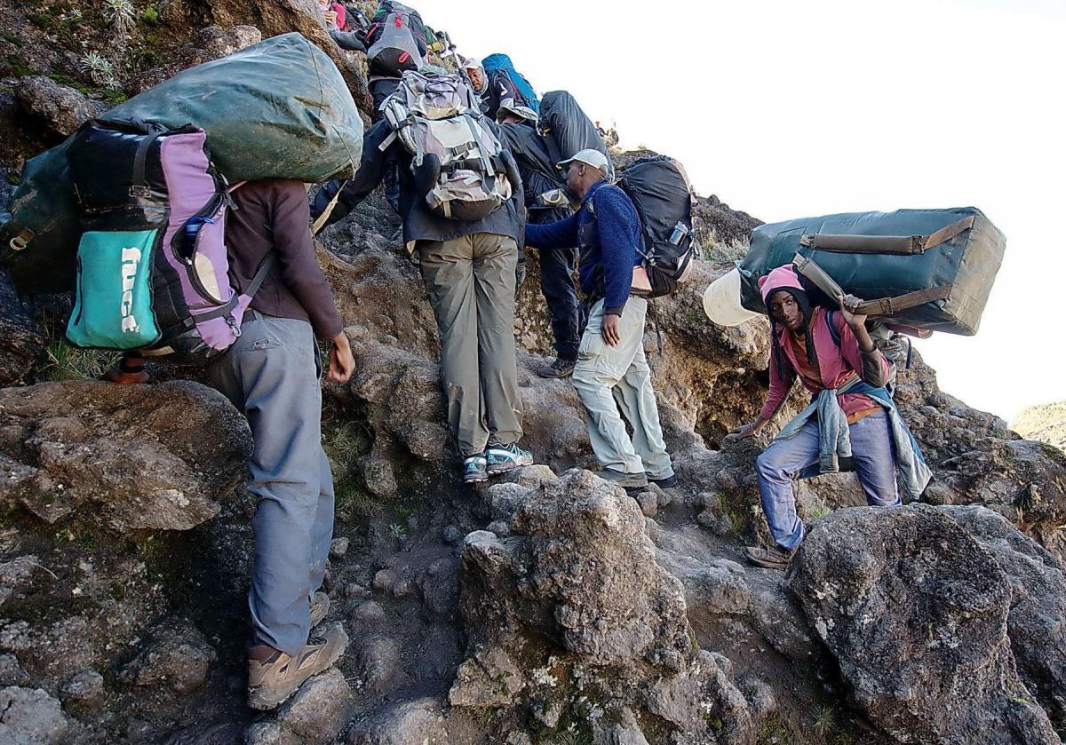 kilimanjaro-tourists-4