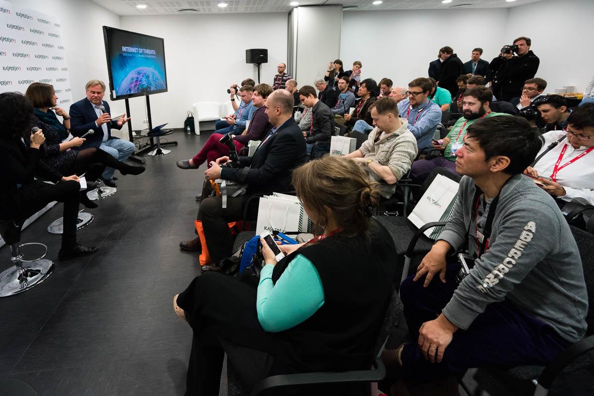 mobile-world-congress-barcelona-2016-21