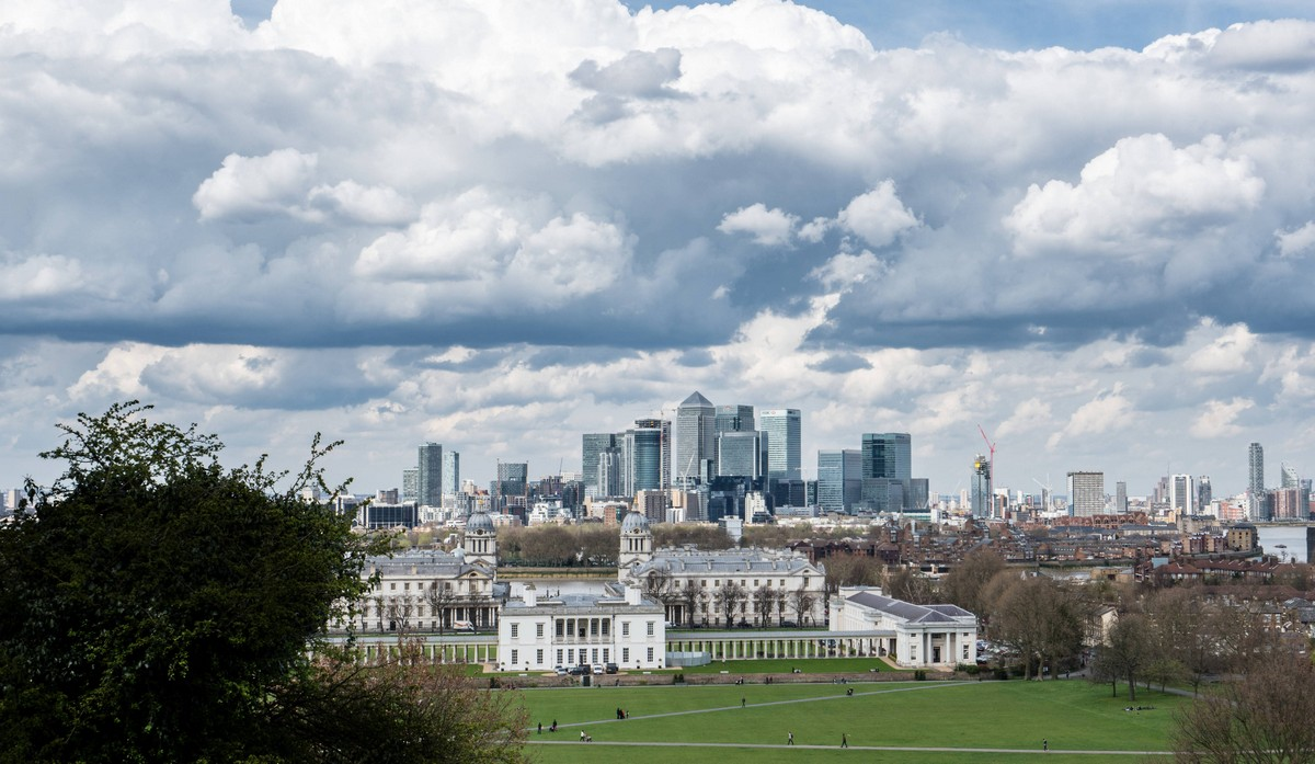london-uk-greenwich-thames-path-walk-32