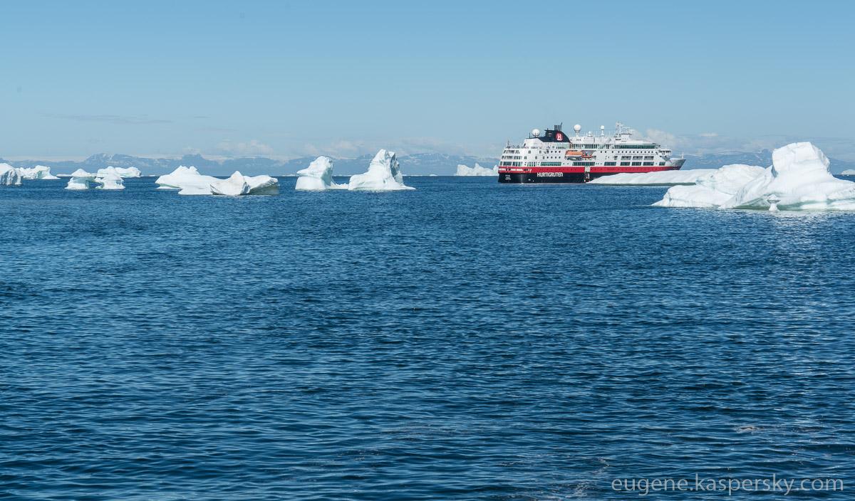 greenland-icebergs-glaciers-2