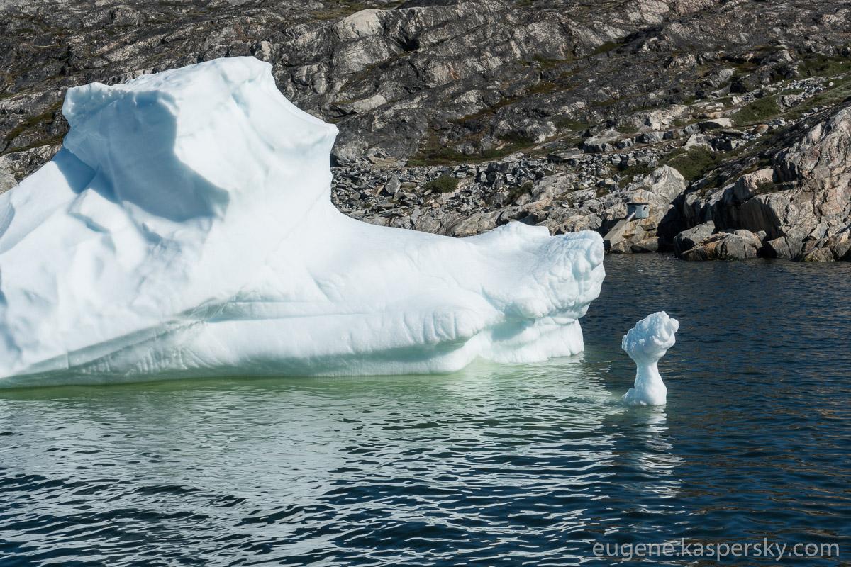 greenland-icebergs-glaciers-3