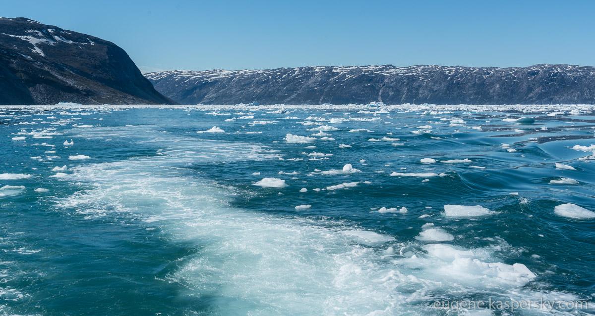 greenland-icebergs-glaciers-10