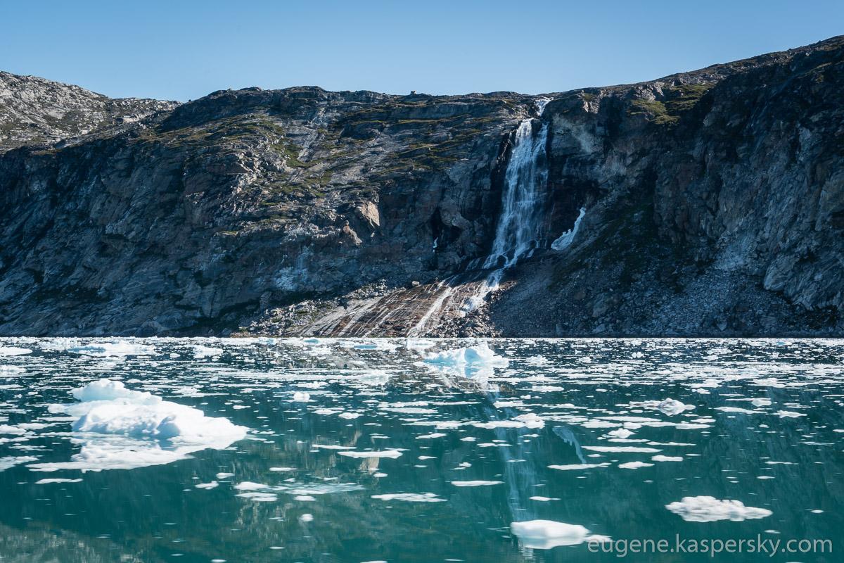 greenland-icebergs-glaciers-11