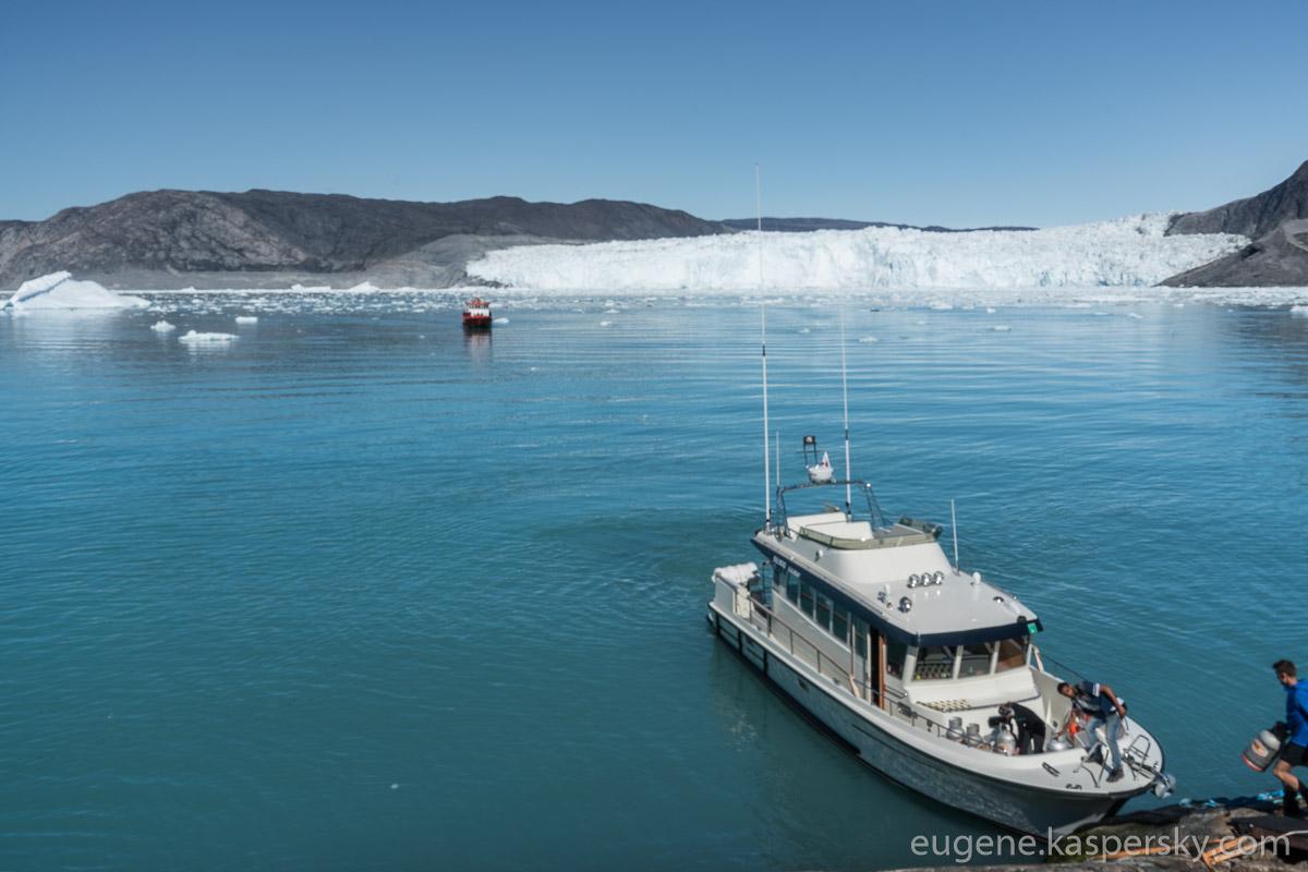 greenland-icebergs-glaciers-17