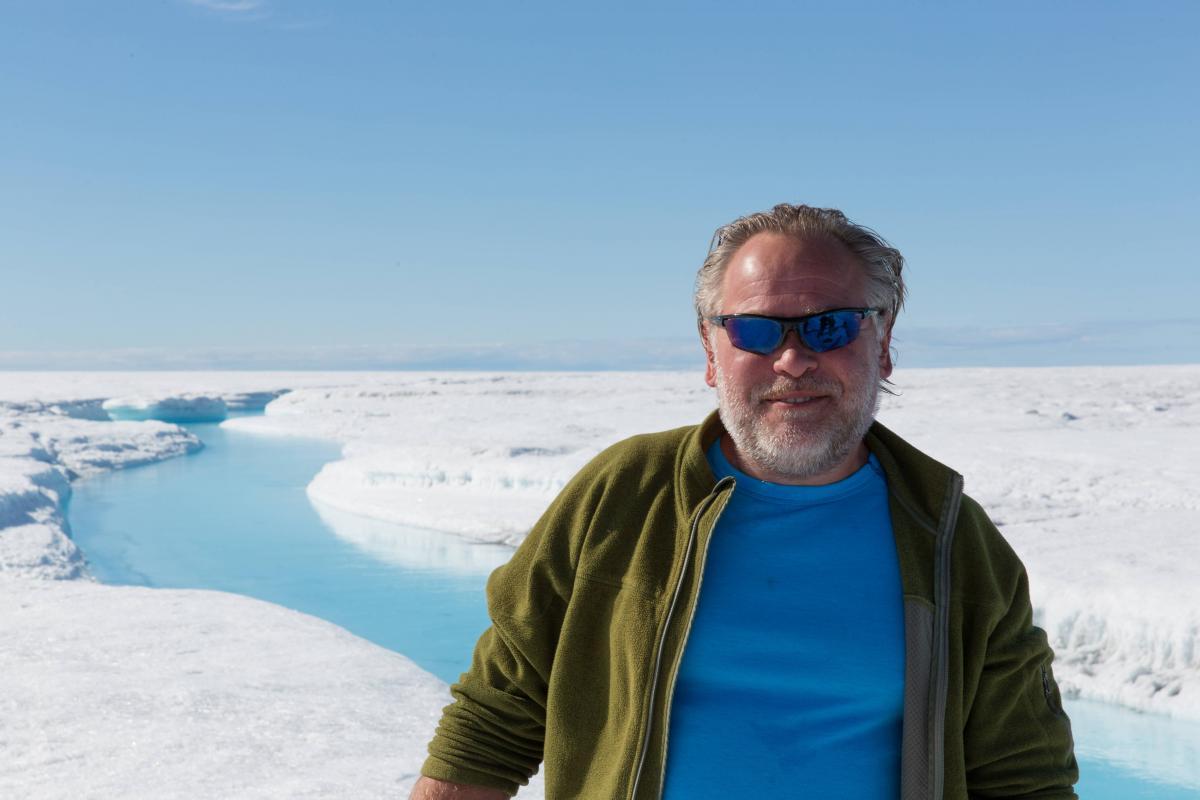 greenland-icebergs-glaciers-55