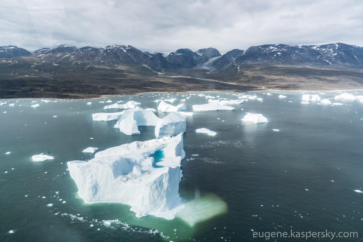 greenland-icebergs-glaciers-63