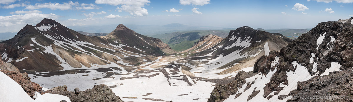 armenia-aragats-volcano-1