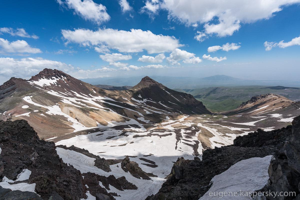 armenia-aragats-volcano-3