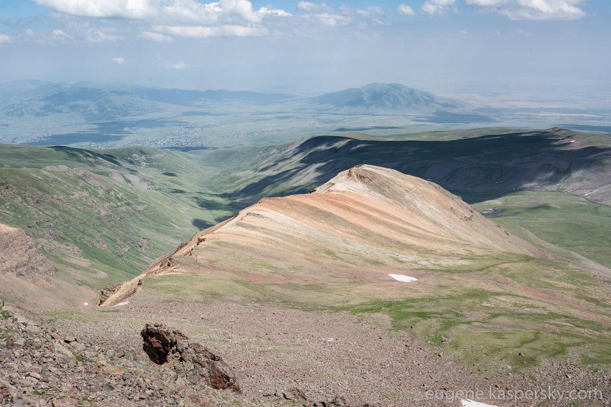 armenia-aragats-volcano-5