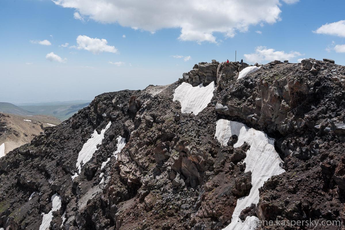 armenia-aragats-volcano-9
