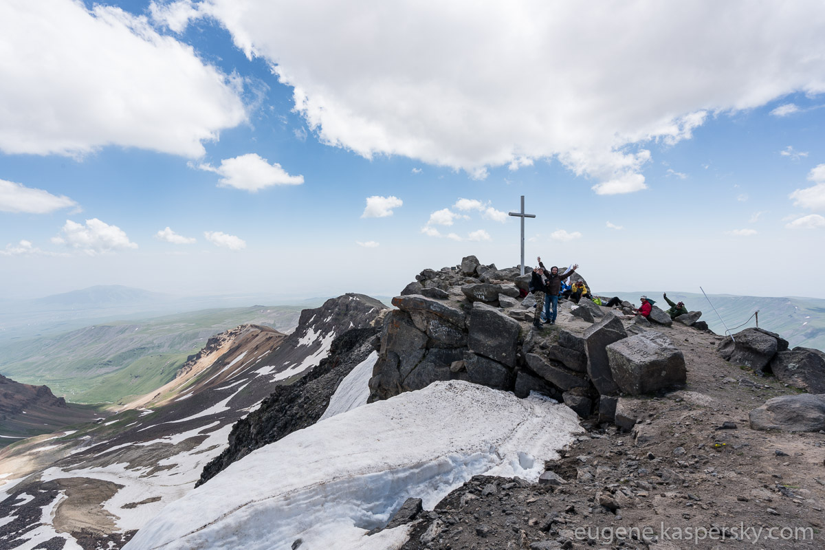 armenia-aragats-volcano-10