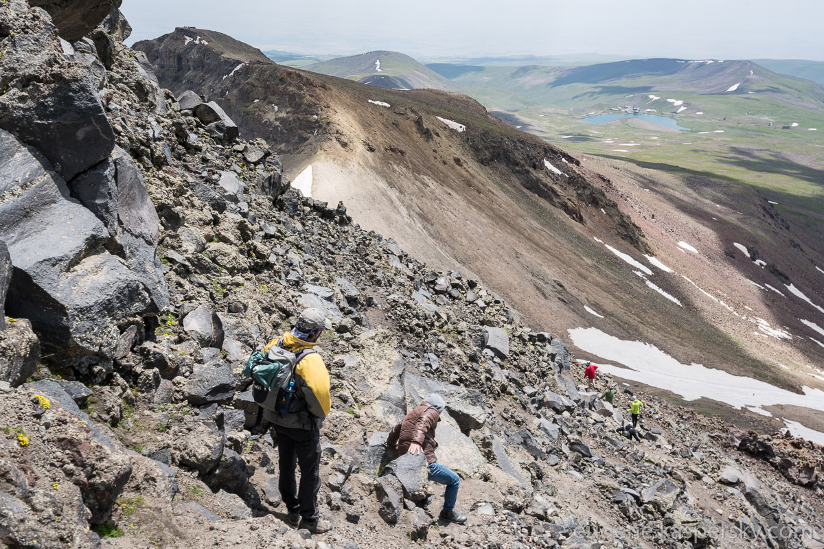 armenia-aragats-volcano-14