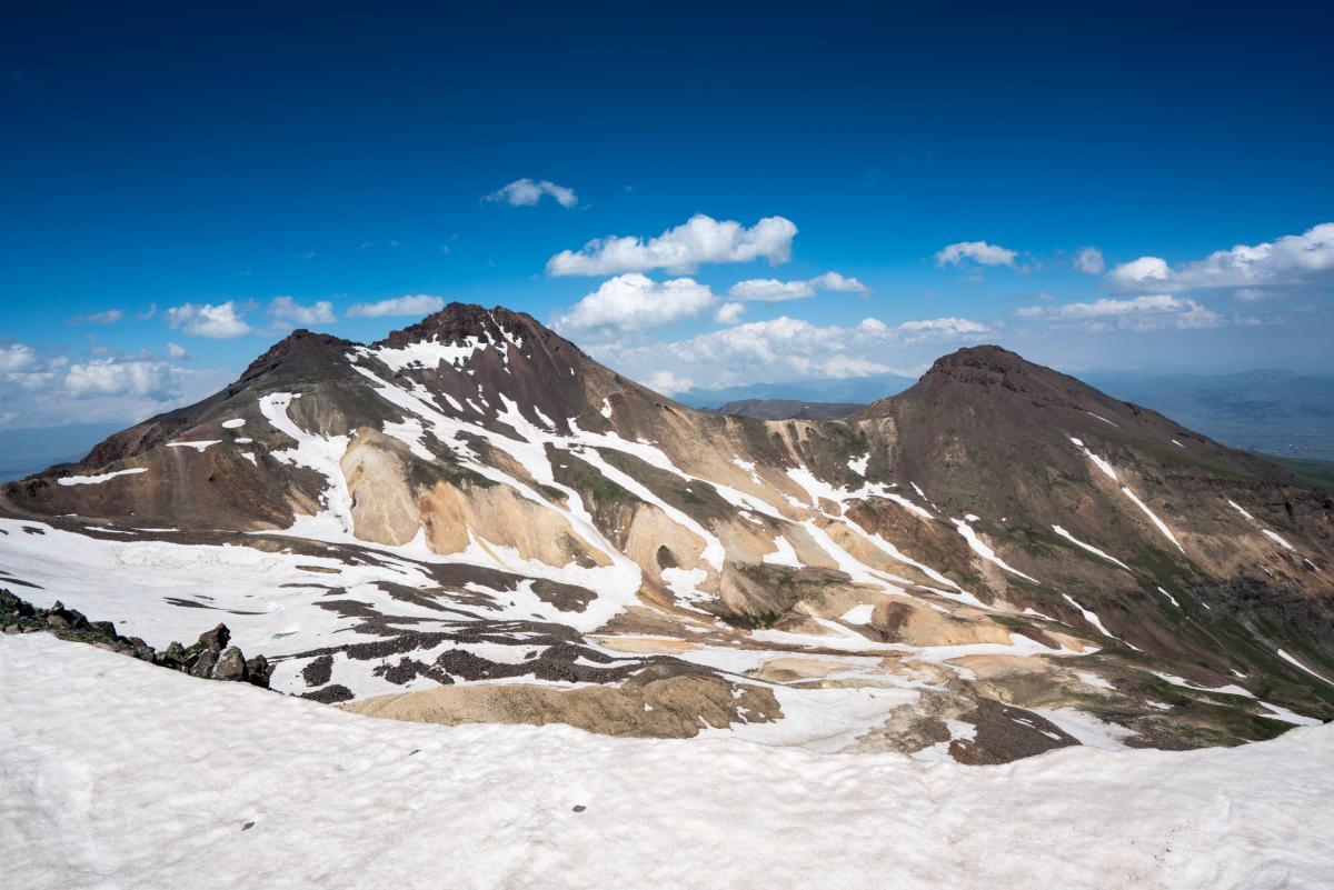 armenia-aragats-volcano-18