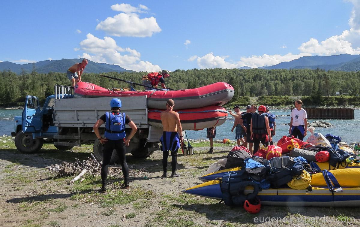 altai-russia-down-katun-rafting-27