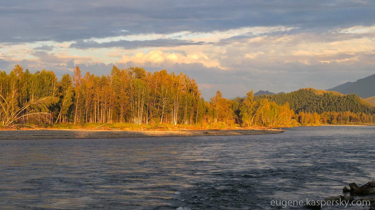 altai-russia-down-katun-rafting-75