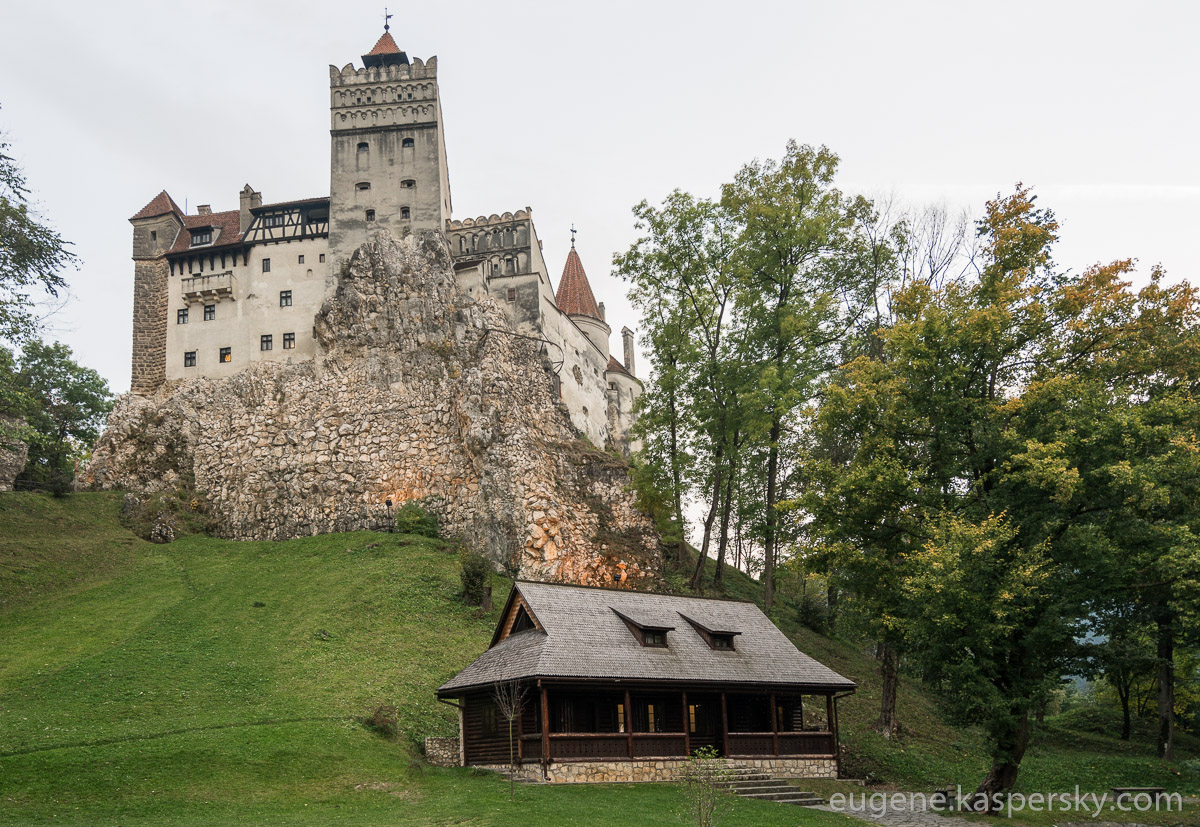 drakula-romania-transilvania-castles-1