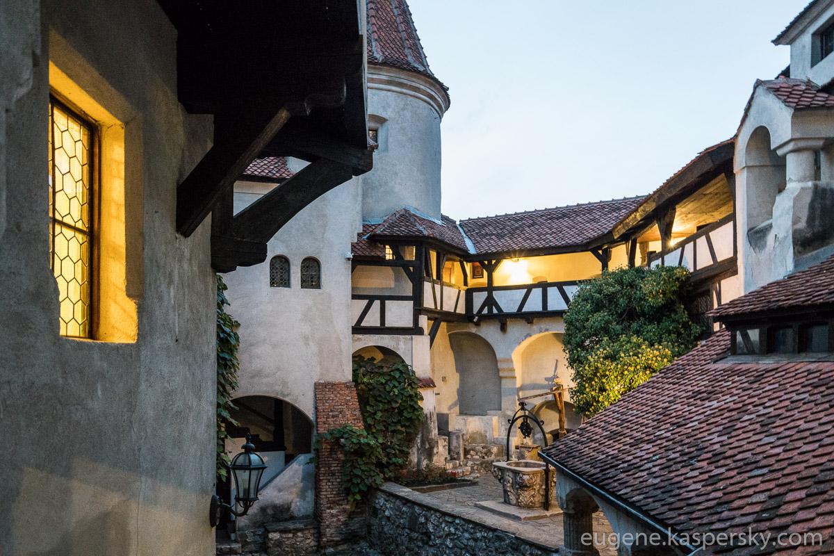 drakula-romania-transilvania-castles-7