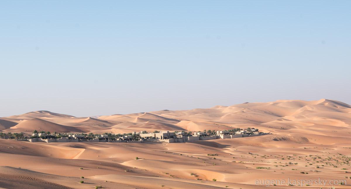 desert-hotel-7