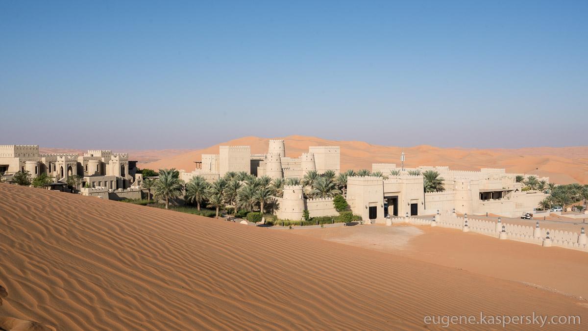 desert-hotel-13