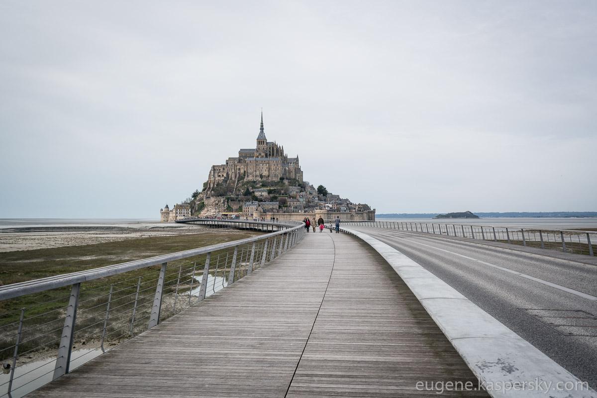 mon-saint-michel-france-1