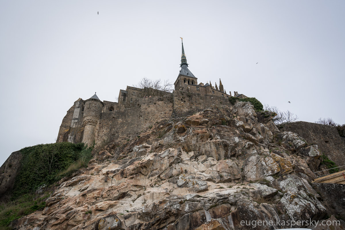 mon-saint-michel-france-36