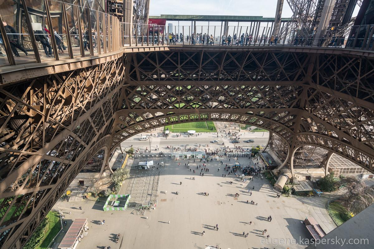 paris-france-eifel-tower-11