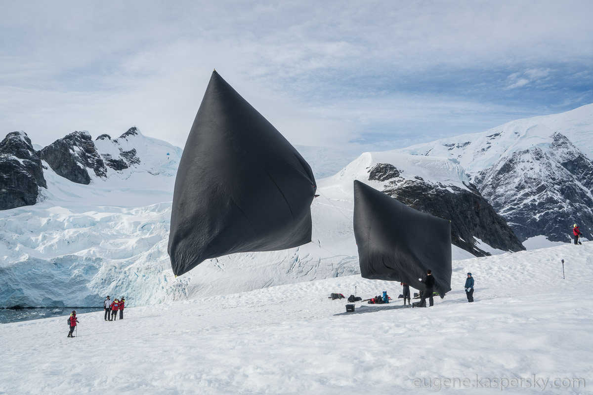 antarctic-biennale-contemporary-art-1