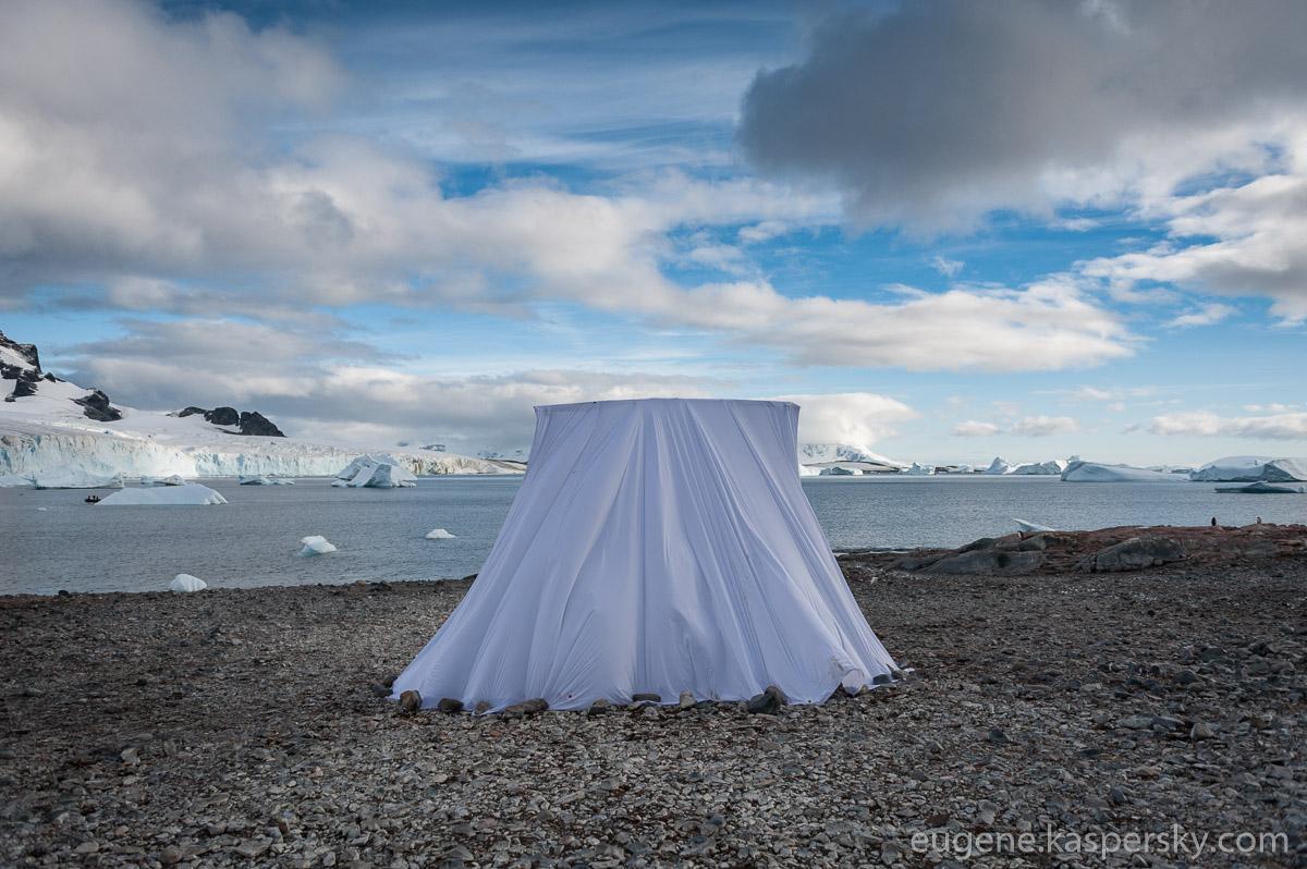 antarctic-biennale-contemporary-art-17