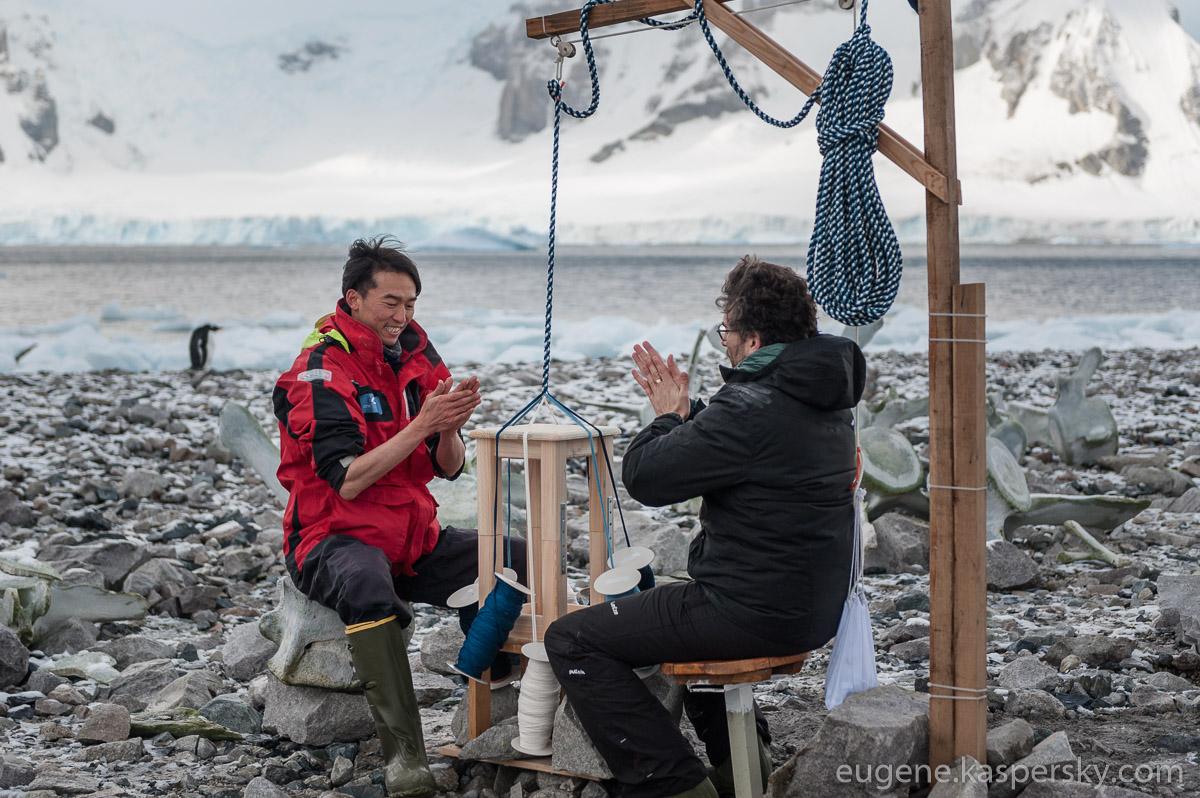 antarctic-biennale-contemporary-art-26