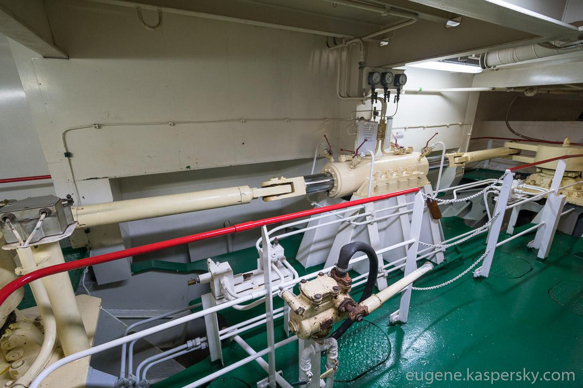 antarctica-sergey-vavilov-vessel-22