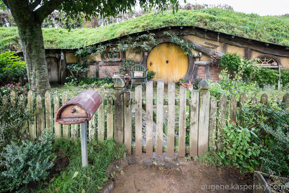 new-zealand-hobbiton-shire-2