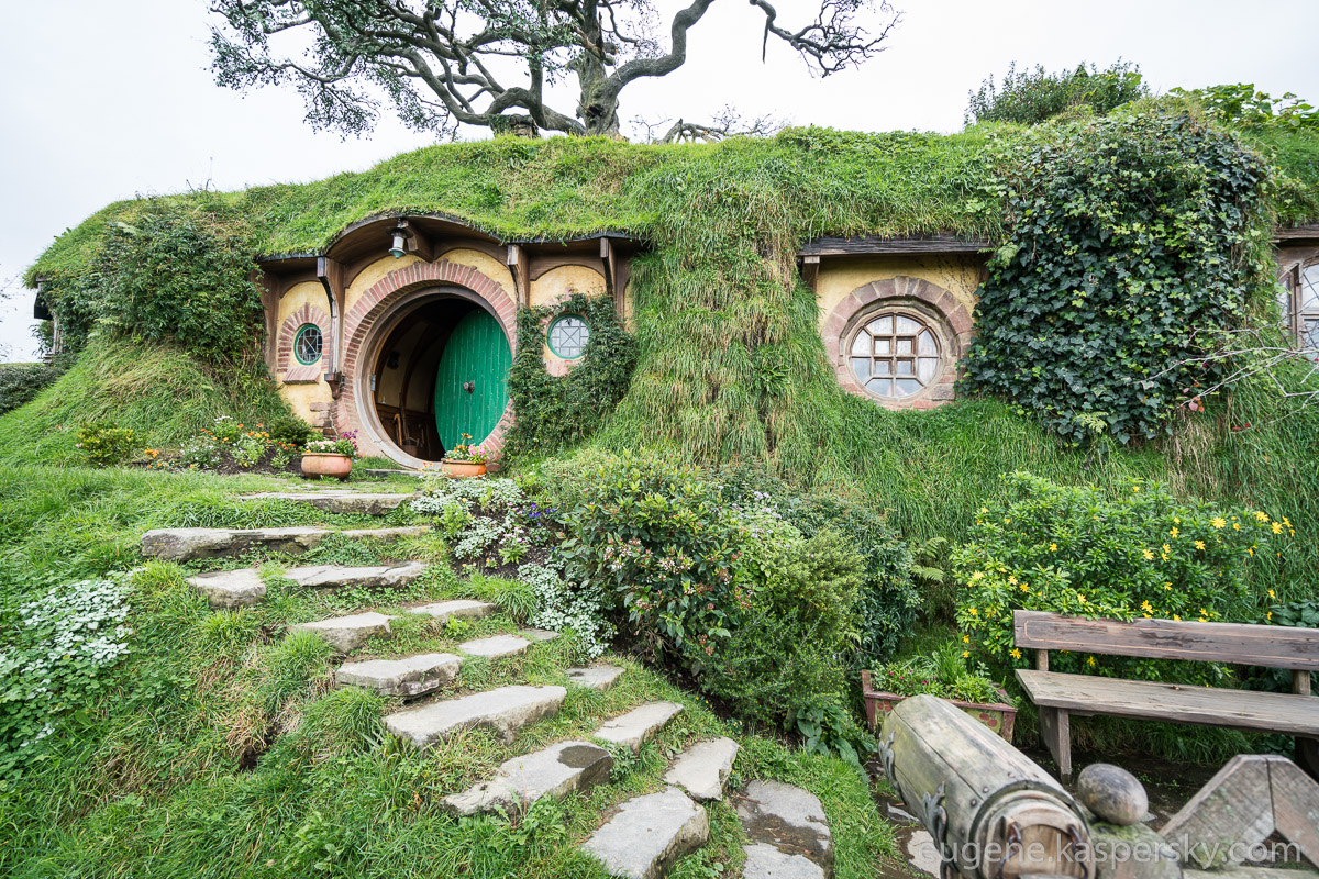 new-zealand-hobbiton-shire-8