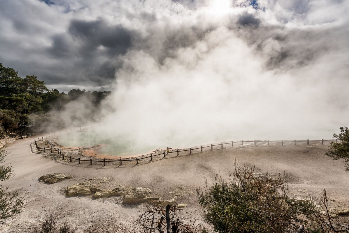 wai-o-tapu-new-zealand-volcanism-18