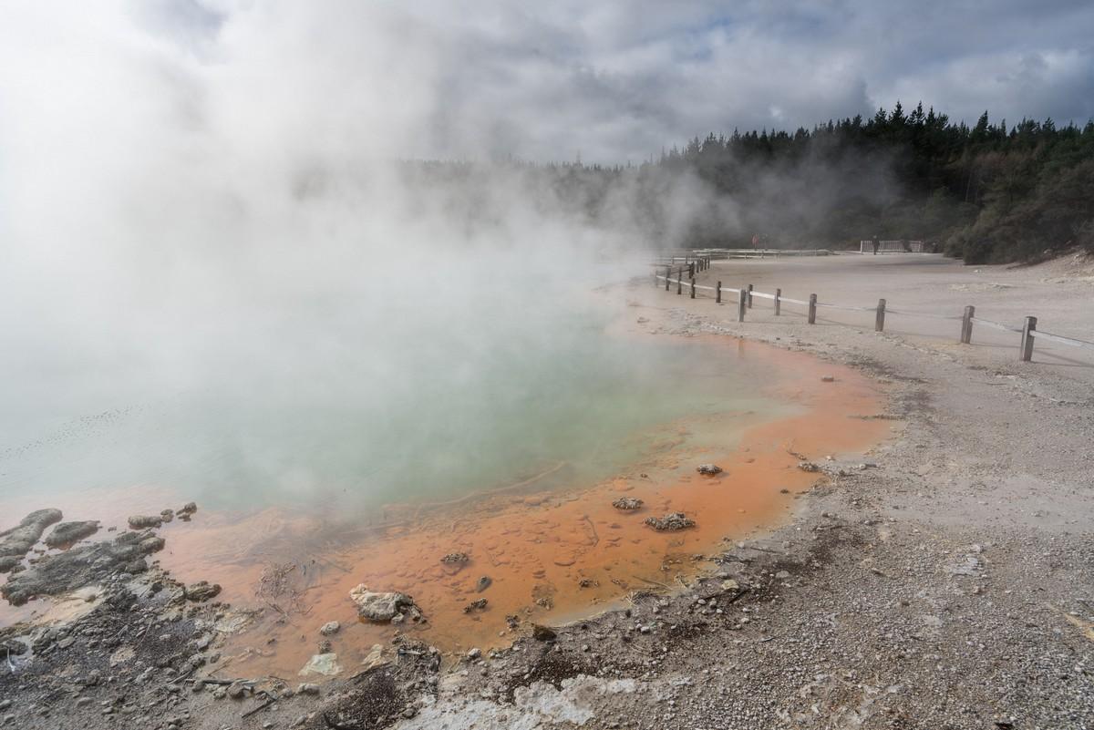 wai-o-tapu-new-zealand-volcanism-19