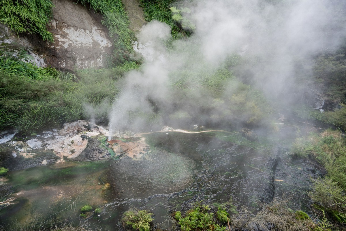 new-zealand-tarawera-inferno-5