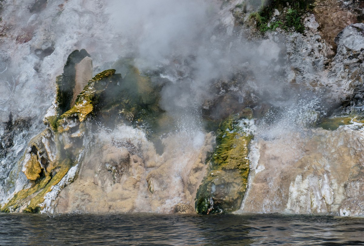 new-zealand-tarawera-inferno-36