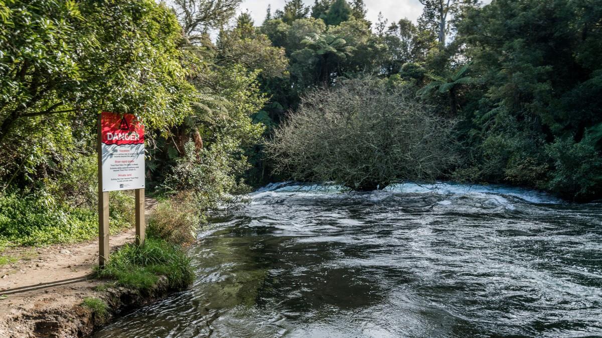 new-zealand-okere-falls-2