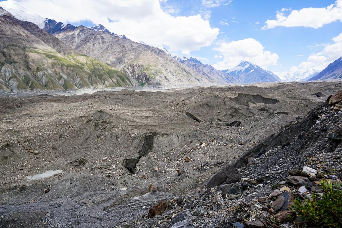 tian-shan-glaciers-4