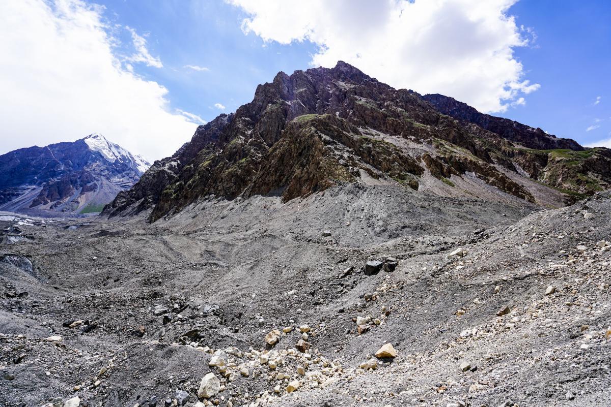 tian-shan-glaciers-5