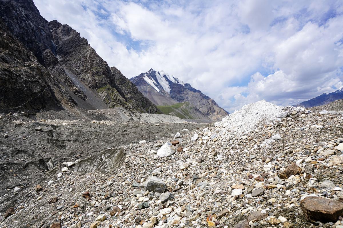 tian-shan-glaciers-10