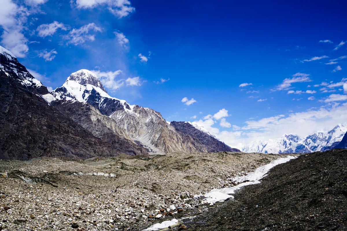 tian-shan-glaciers-11