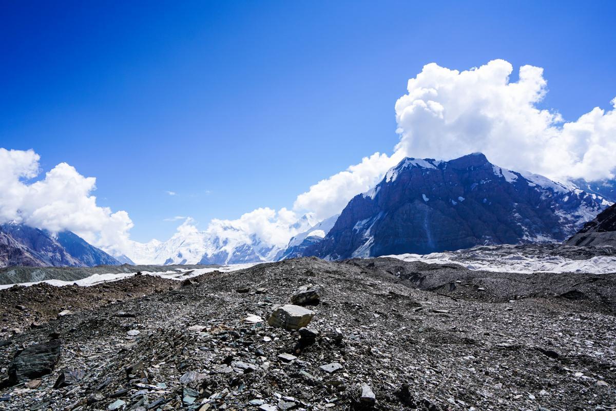 tian-shan-glaciers-13