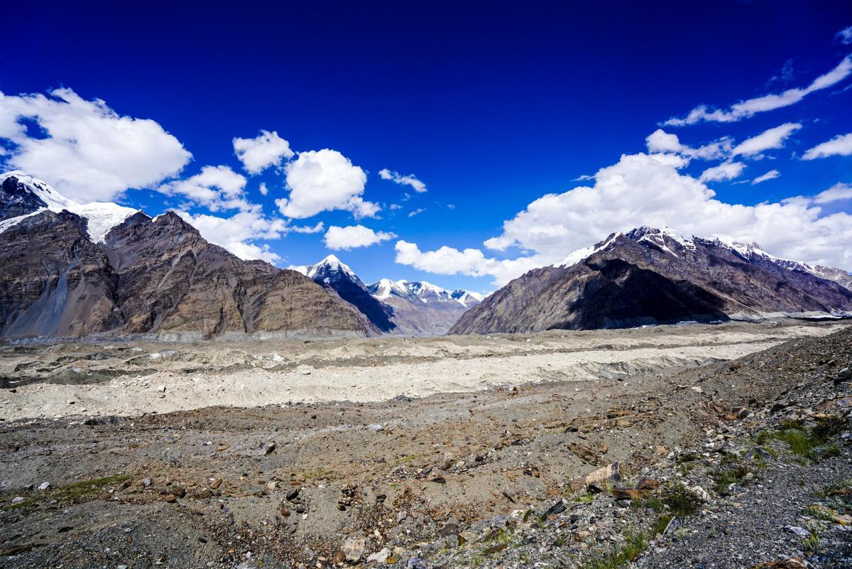 tian-shan-glaciers-14