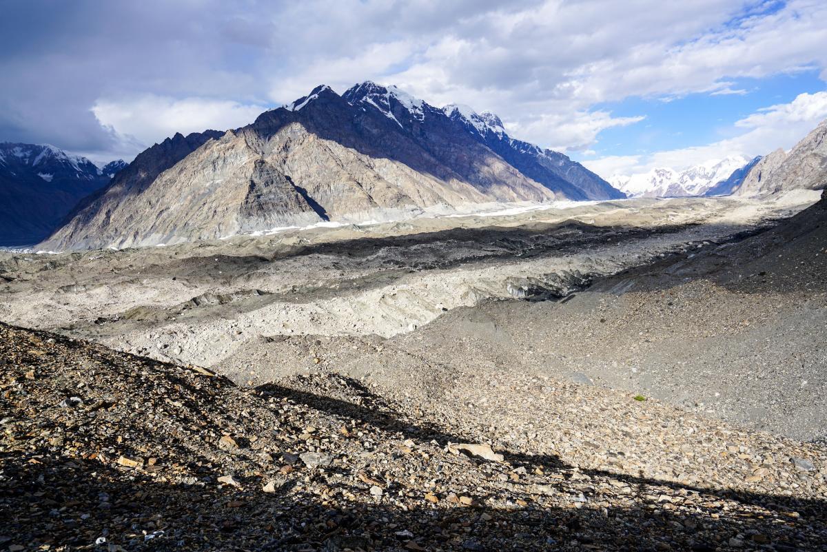 tian-shan-glaciers-15