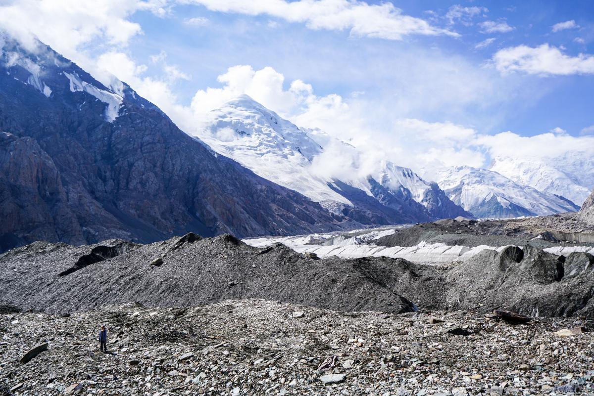 tian-shan-glaciers-16